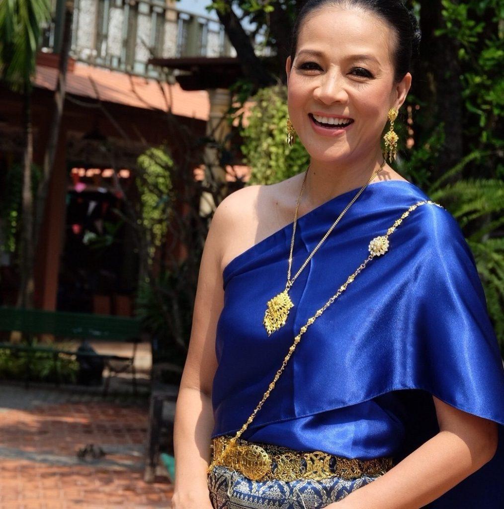 รวมภาพ!!  กบ ปภัสรา  สวมใส่ชุดไทย  สวยสง่างามมาก