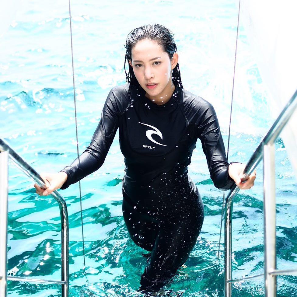 หลังโพสต์ภาพใส่ชุดว่ายน้ำ ก้นลาย