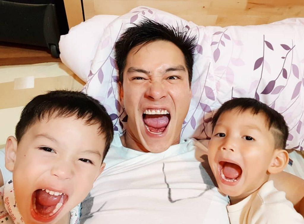 ปีเตอร์  คอร์ป  ยิ้ม!ชีวิตช่วงนี้ดีขึ้นมาก  บอกหลงลูกชายทั้ง 2  ตอนนี้อยู่ในวัยขี้อ้อน