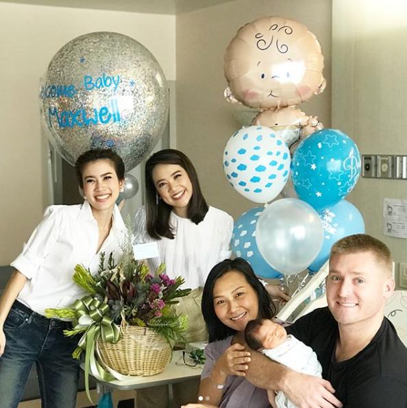 ครูอดัม ยิ้มกว้าง มีทายาทตัวน้อย กับภรรยาสาวชาวไทย เห่อลูกสุดๆ