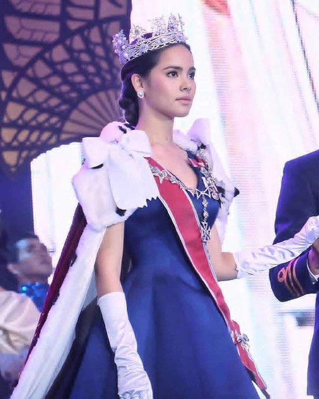 สวยสง่างามจนตาแตก!! ญาญ่า อุรัสยา กับลุคเจ้าหญิงสุดเป๊ะในละครลิขิตรักThe Crown Princess