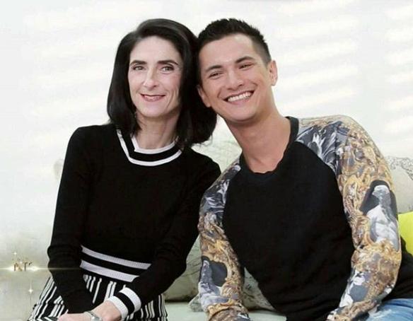 ไม่ธรรมดาจริงๆ คุณแม่เอเลน ของ ชิน ชินวุฒ แปลงโฉมเป็นซุปเปอร์โมเดล สวยและเท่มาก