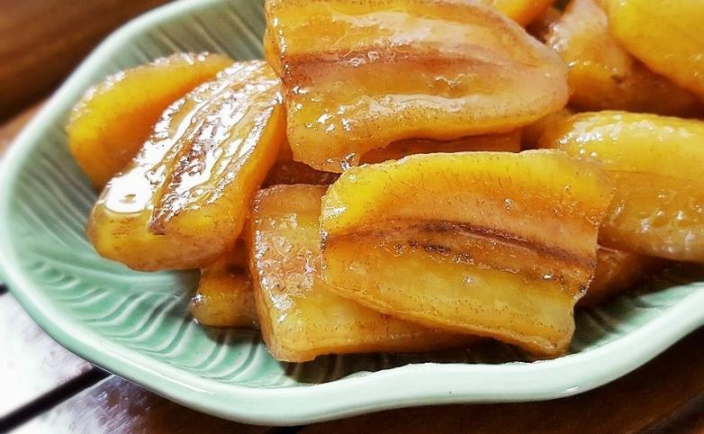 วิธีทำขนมไทยโบราณ กล้วยเชื่อม กล้วยแค่หวีเดียวก็อิ่มอร่อยได้ทั้งบ้าน