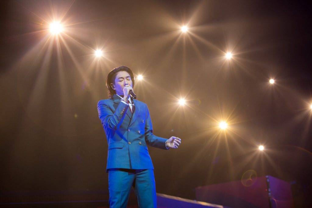 """สมศักดิ์ศรี ควีน """"ใหม่"""" เล่นใหญ่ใส่เต็มมาก! ใน I Am MAI Concert"""