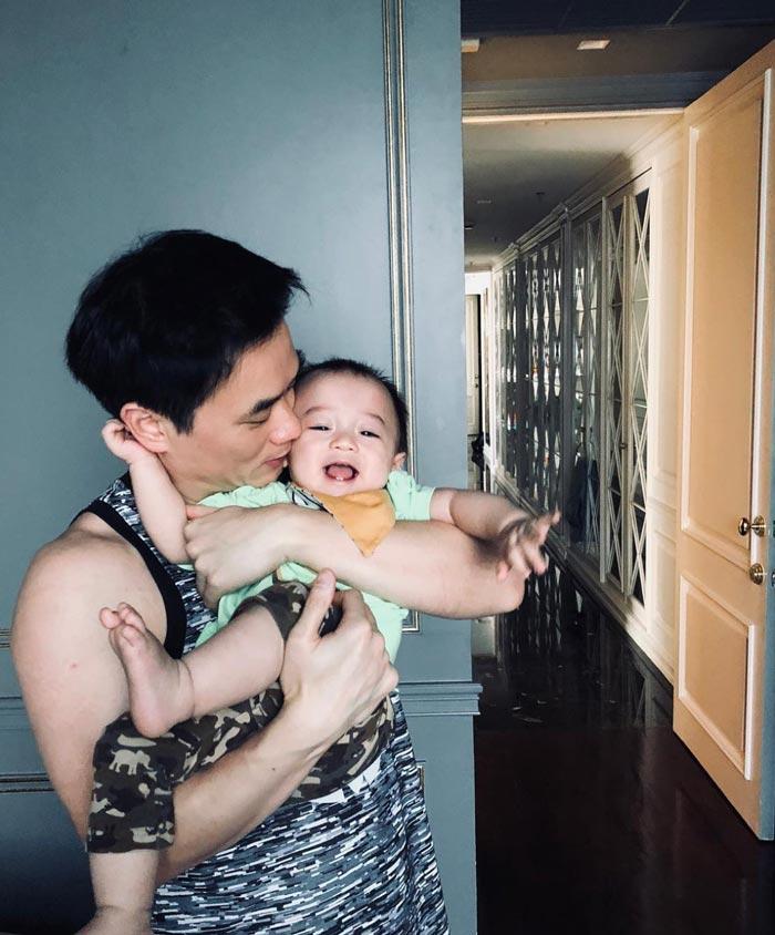 เปิดภาพเรือนหอ ชมพู่ -น็อต  ที่ฝ่ายชายทุ่มทุนสร้าง  ตกแต่งด้วยตัวเองเพื่อ ภรรยา-ลูกแฝด