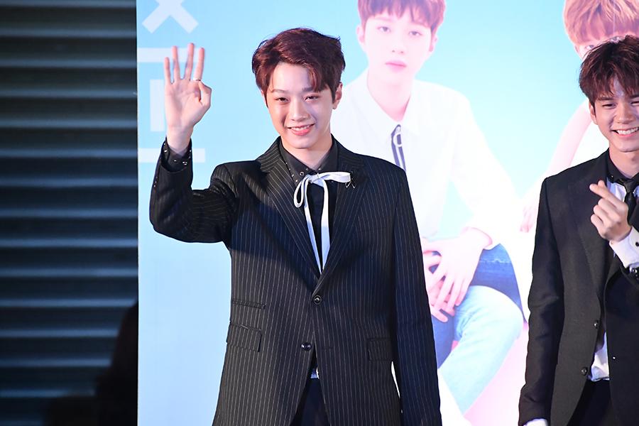 [ประมวลภาพ] Wanna One 1st Fan Meeting in Bangkok (36 รูป)