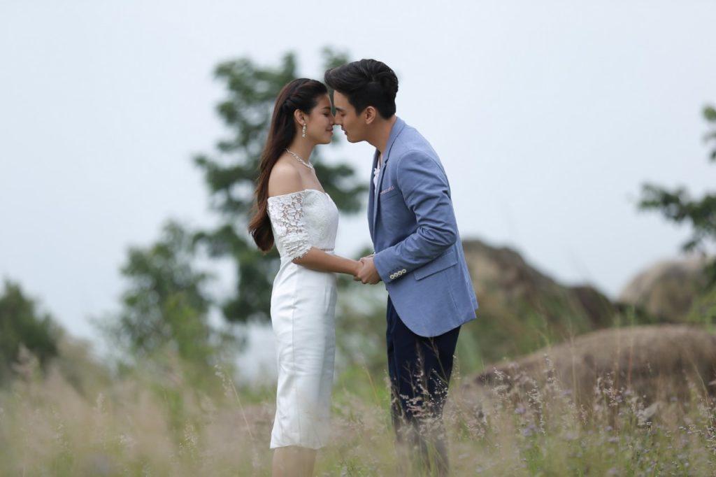 คืนนี้ ดอกหญ้าในพายุ ธันวา-แคท จูบหวานลาจอ!!