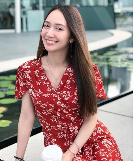 แฟนคลับเชียร์ เจ ชนาธิป จีบพิธีกรสาวสวยอดีตนางเอก