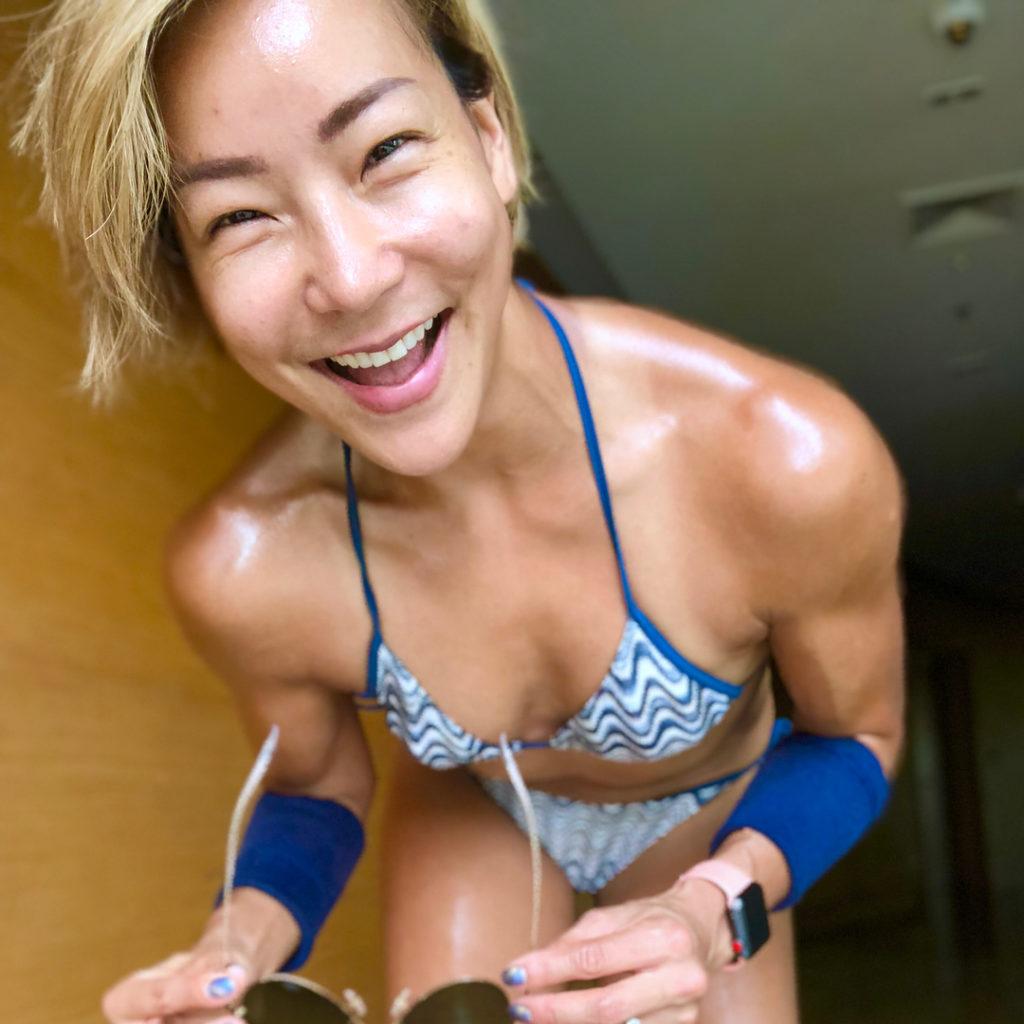เปิดแกลเลอรี่!! เมจิ  กับการอวดผิวแทน – ซิกแพกล่ำ – กล้ามเนื้อสวยๆ