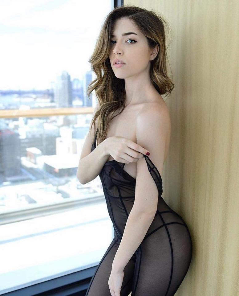 หุ่นดีมาก!! Lauren Summer นางแบบของ Playboy ลูกครึ่งไอริช-อเมริกัน
