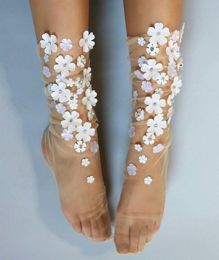 """""""ถุงเท้า""""สุดเก๋ เพิ่มไอเทมในการแต่งตัวได้อย่างดี"""