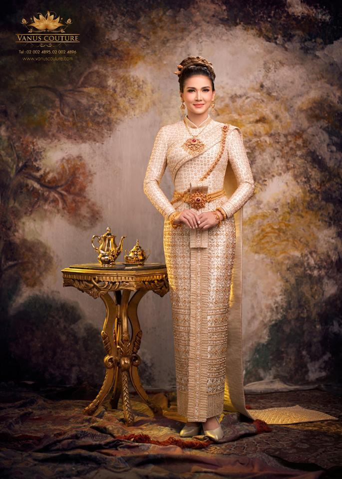 """ย้อนอดีต 24 ปี  สวยไม่เปลี่ยน """"แอน สิเรียม"""" แต่งชุดไทย แม่มณีจันทร์"""