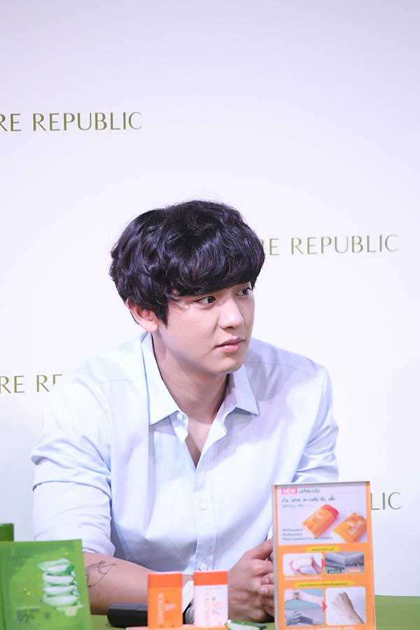 รวมภาพ K-POP idol วง EXO (67 รูป)