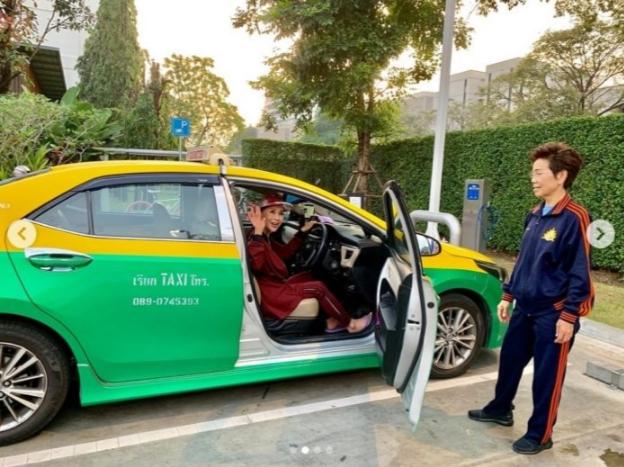 ทูลกระหม่อมหญิงอุบลรัตนฯ ทรงทดลองฝึกงาน ขับรถแท็กซี่