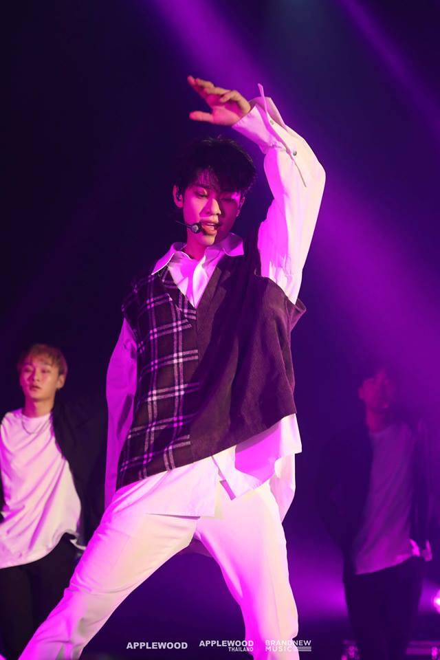 รักมากกว่าเดิม! MXM ใส่สปิริตความคิดถึง  ร้อง เต้น แบบจัดเต็ม บนคอนเสิร์ตเดี่ยวครั้งแรก!  '2018 MXM [MORE THAN EVER] LIVE IN BANGKOK'