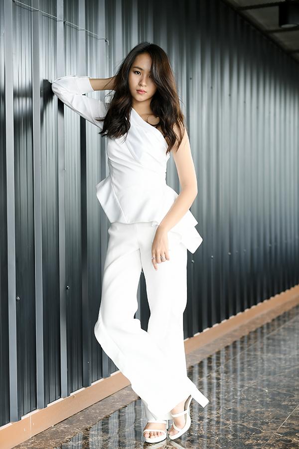 Fashion : นารา เทพนุภา (50 รูป)