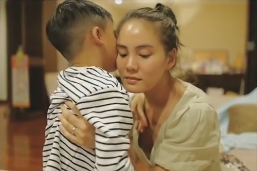 เจนี่ คิดถึงหลานมาก กอดจูบ น้องบรู๊คลิน งานนี้ทำเอา แม่นานา หวงลูกชายขึ้นมาเลย!!(ชมคลิป)