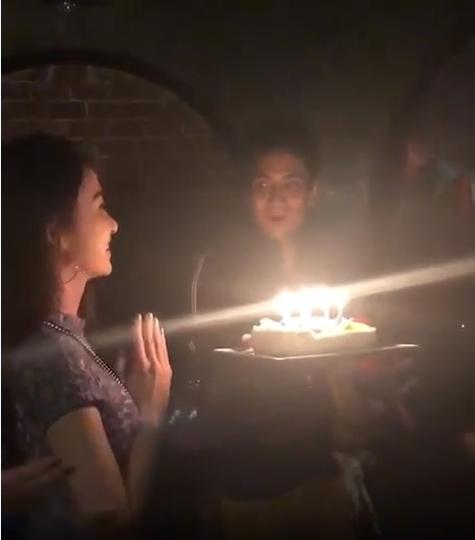 ธัญญ์ หอบเค้กเซอร์ไพร์สวันเกิดภรรยา ยุ้ย จีรนันท์ หวานกว่าเค้ก ก็คู่นี้แหละ!(ชมคลิป)