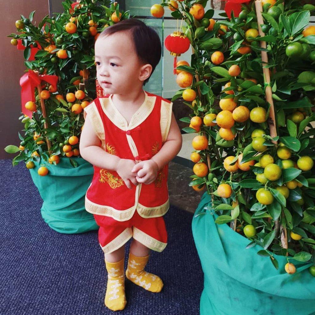 แจกซองอั่งเปาธรรมดาโลกไม่จำ แม่ชม ทำขำหนักมาก!!(มีคลิป)