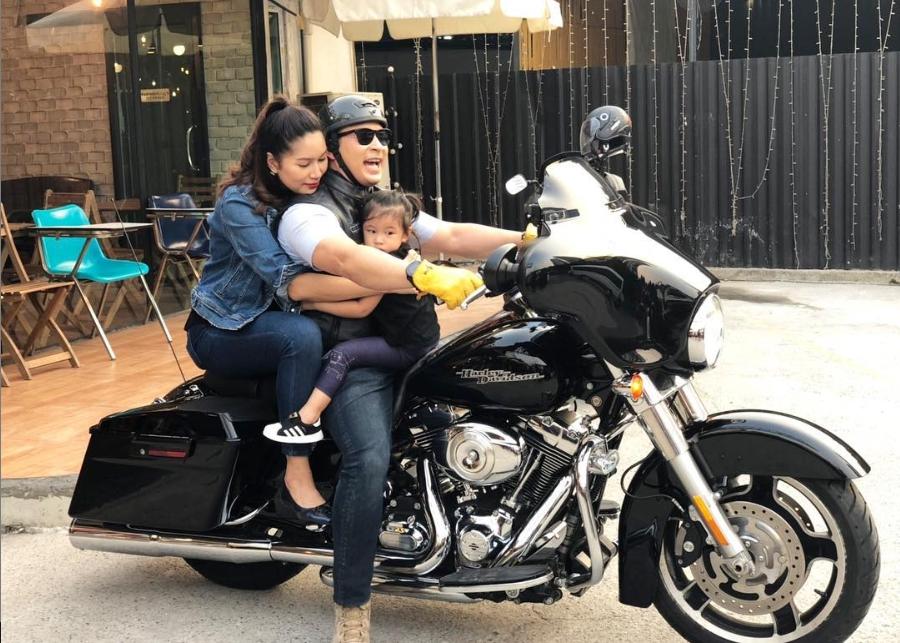 มิค บรมวุฒิ ดูมีความสุขมาก เมื่อภรรยาและลูกสาว แฮปปี้กับวิถีไบค์เกอร์