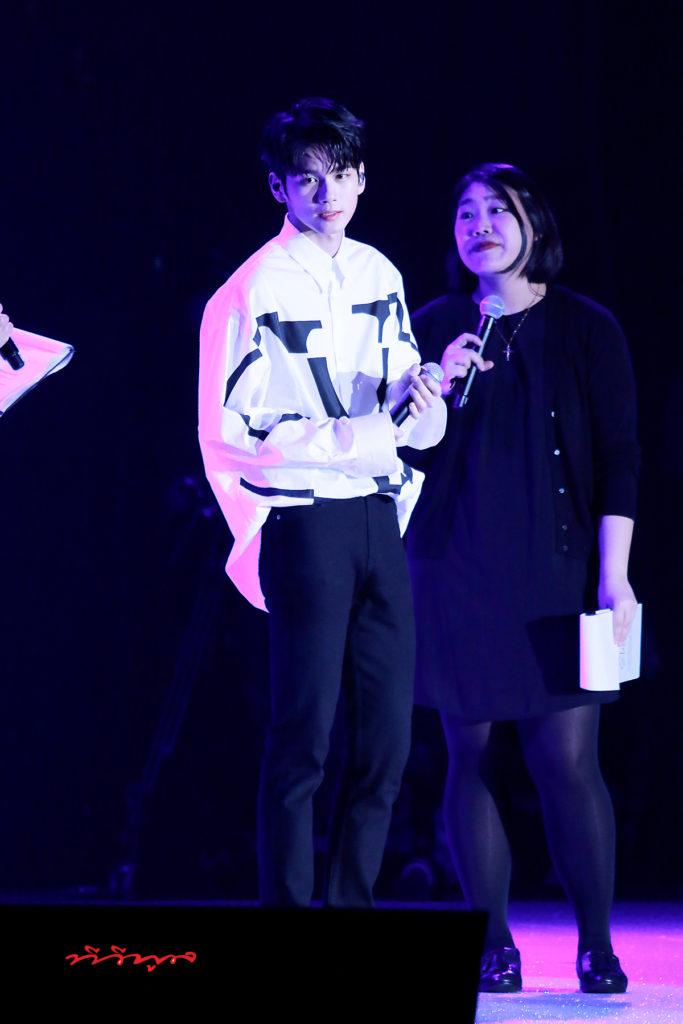 องซองอู โชว์ความน่ารักแบบไม่มีกั๊ก ในงานแฟนมีตติ้งครั้งแรกที่ไทย ONG SEONG WU 1st Fan meeting in Thailand  องซองอู แฟนมีตติ้งครั้งแรกในประเทศไทย  งานแฟนมีตติ้งที่สนุกทุกนาทีคุ้มค่าสมการรอคอย