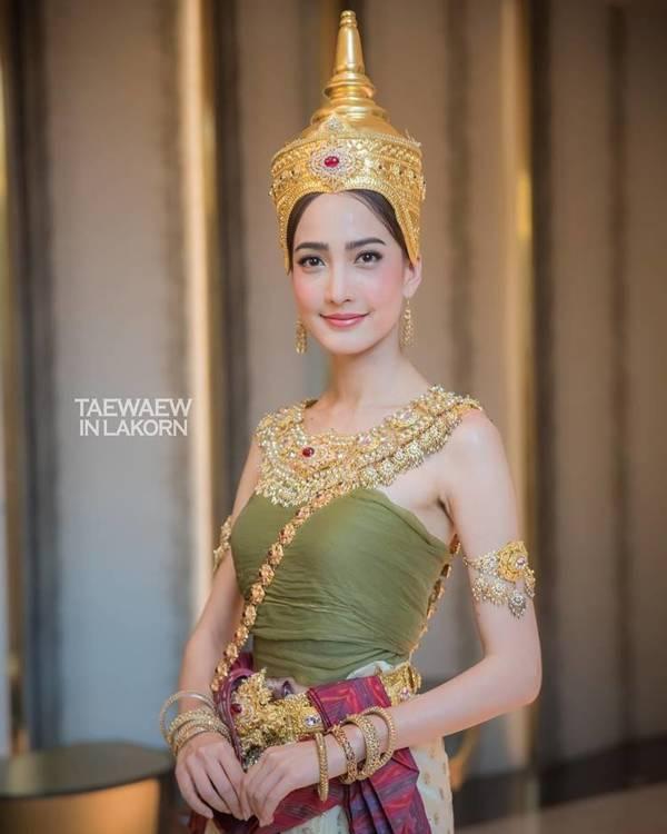 """งามอย่างไทย ! """"แต้ว ณฐพร"""" สวมชุดไทย ปรากฏกายในลุค ทุงษะเทวี นางสงกรานต์ประจำปี 2562"""