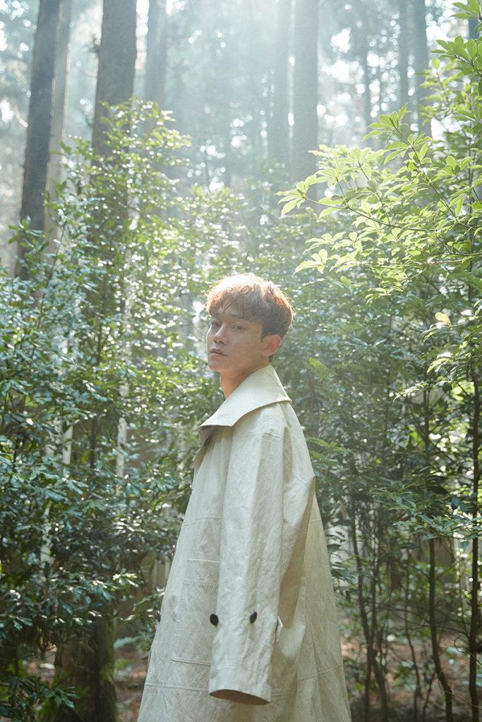 โวคอล คิงแห่งเค-ป๊อป 'CHEN' วง EXO พาโซโล่มินิอัลบั้มชุดแรก 'April, and a flower'  พิสูจน์ความนิยมทั่วโลก ครองอันดับ 1 บนชาร์ต iTunes 32 ประเทศ!