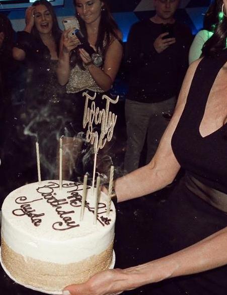 """เปิดภาพงานปาร์ตี้วันเกิด น้องเจด้า"""" ลูกสาว """"เจ เจตริน"""" ใส่แรงสุดฤทธิ์"""