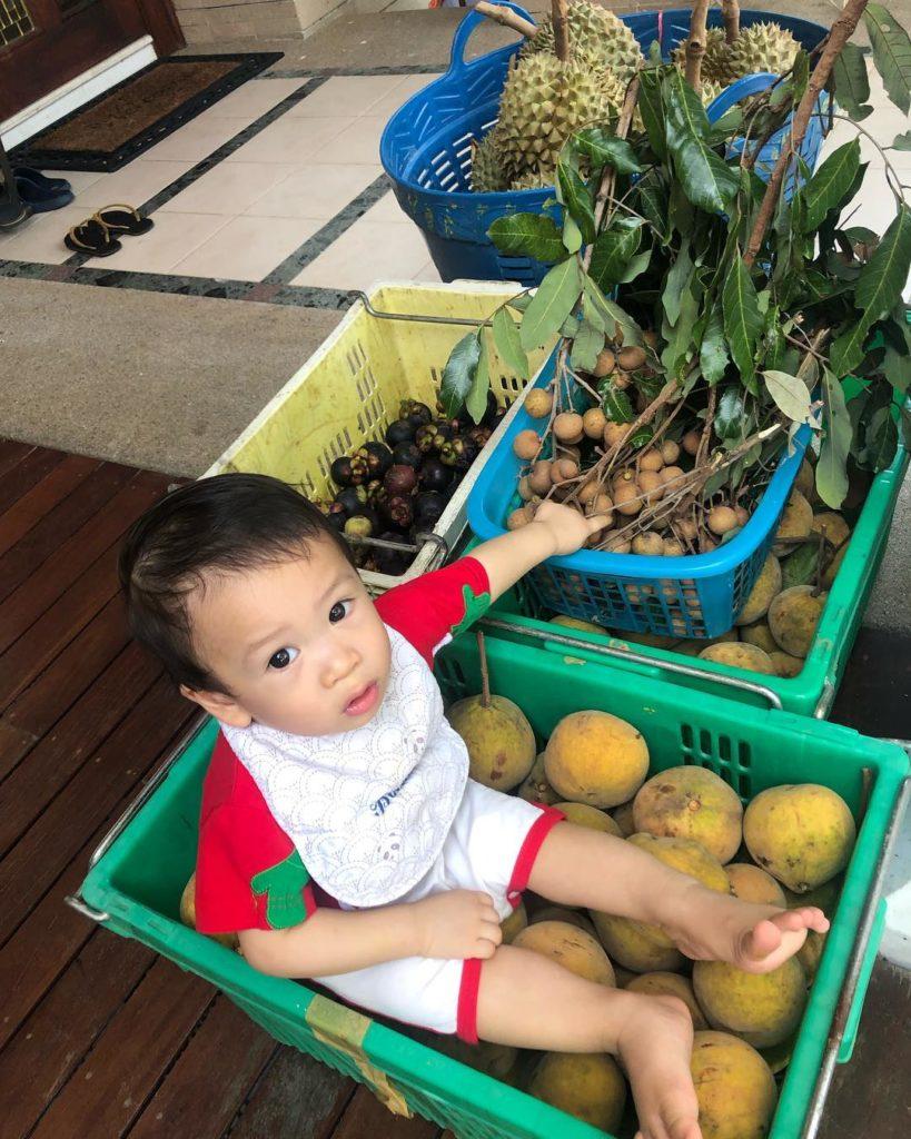 ไปเที่ยวสวนผลไม้ พี่โพธิ์ กันเถอะ เศรษฐกิจพอเพียงของจริง!!