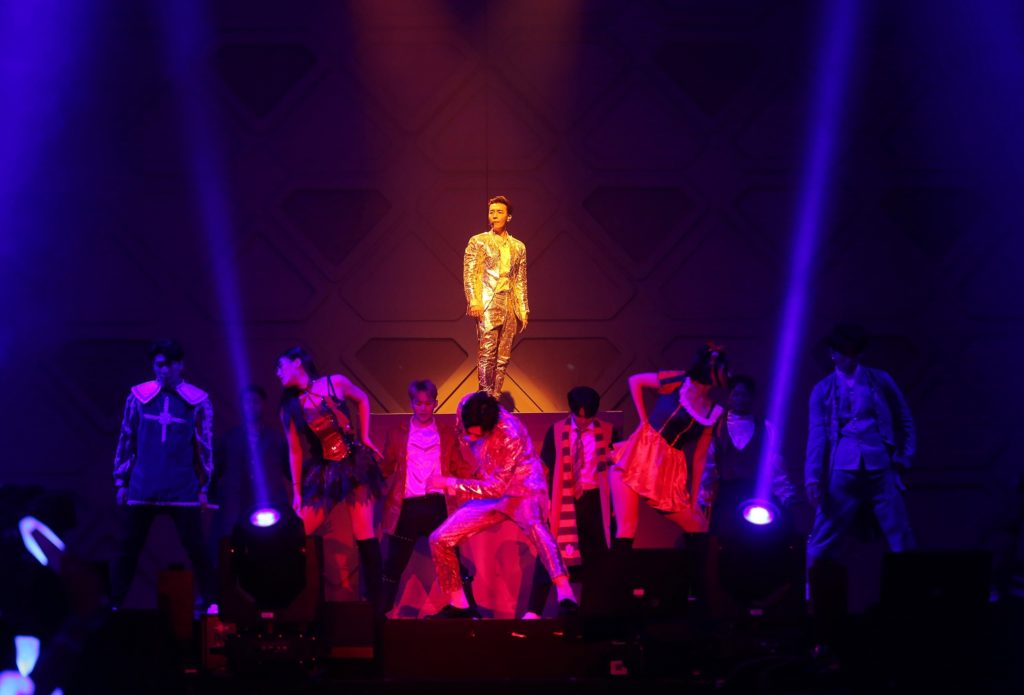 "'SUPER JUNIOR-D&E' โชว์เสน่ห์ความร้อนแรงแบบจัดเต็ม  ในคอนเสิร์ต ""SUPER JUNIOR-D&E CONCERT [THE D&E] in BANGKOK"""