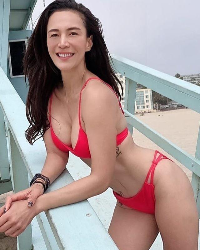 """""""เอ & โย"""" เสิร์ฟความเซ็กซี่ส่งตรงจากริมหาดที่อเมริกา"""