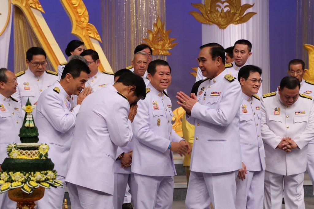 นายกรัฐมนตรี นำคณะร่วมบันทึกเทปถวายพระพรชัยมงคล  พระบาทสมเด็จพระวชิรเกล้าเจ้าอยู่หัว  เนื่องในโอกาสวันมหามงคลเฉลิมพระชนมพรรษา 28 กรกฎาคม 2562