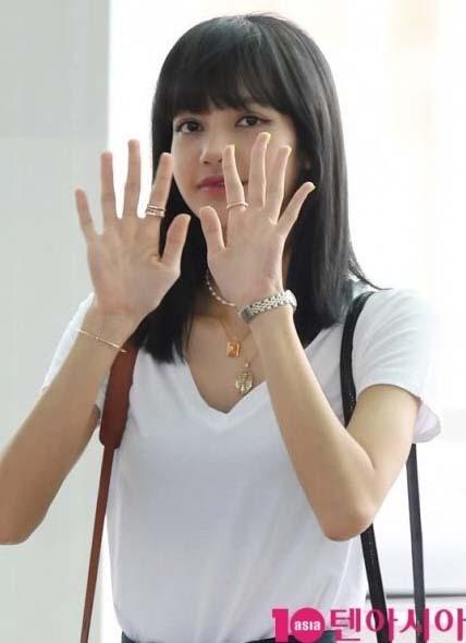 """""""เจนนี่-โรเซ่-จีซู"""" เดินทางมาเสริมทัพ """"ลิซ่า"""" เพื่อเตรียมขึ้นคอนเสิร์ตใหญ่ที่ประเทศไทย"""