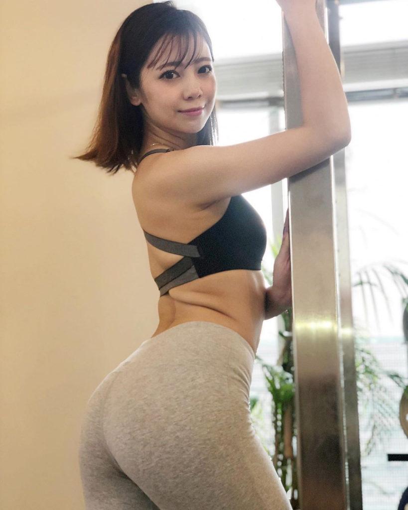 """นางแบบ ลูกครึ่งคนไทย สู่ดารา """"หนังผู้ใหญ่"""" ของญี่ปุ่น"""