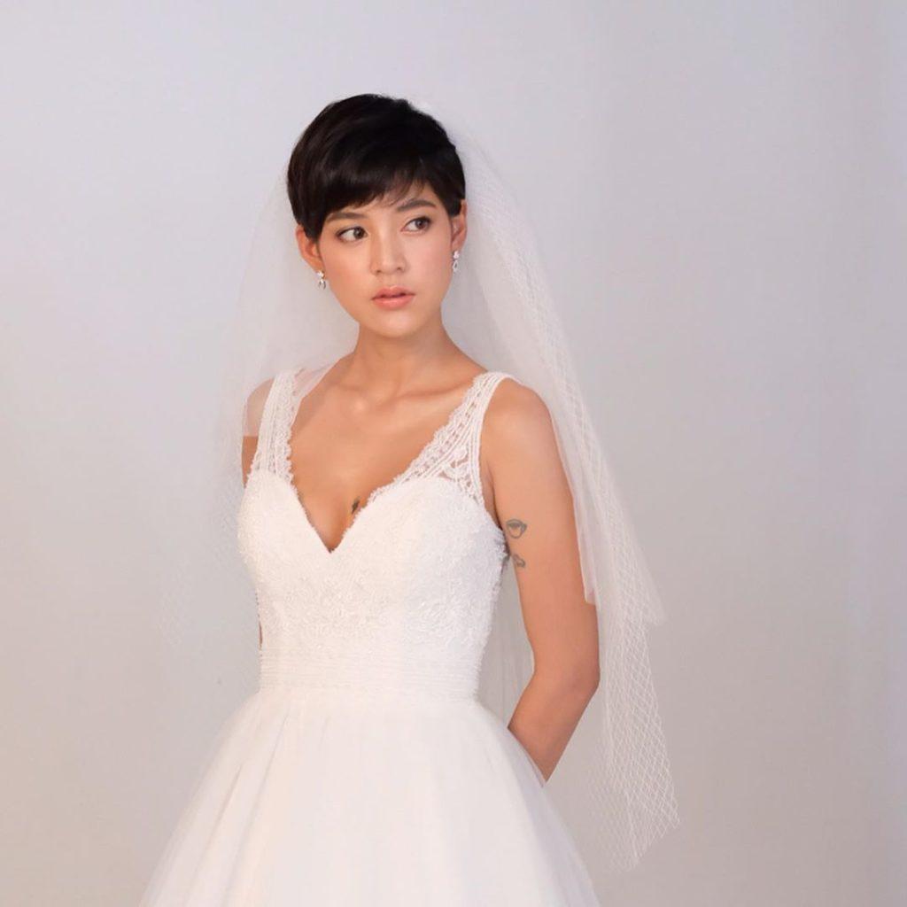สายป่าน ควงสามี ถ่ายแบบชุดแต่งงานสไตล์เกาหลี