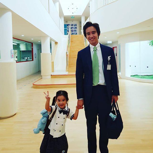 ต่าย-ทิม เจอโดยบังเอิญ เผยครอบครัวอบอุ่น น้องพิพิม กอดแน่นทั้งพ่อและแม่!!