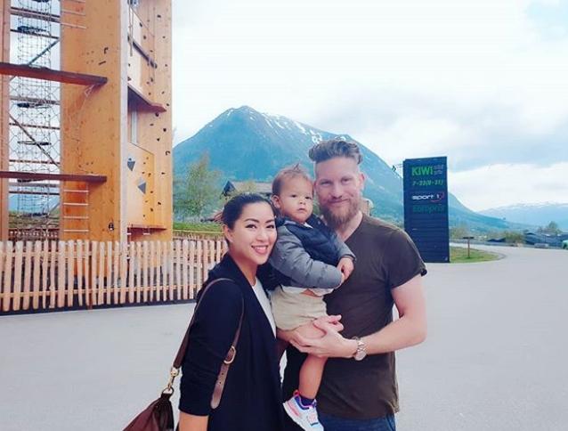 มุมน่ารักๆ แอ๊ด คาราบาว กับหลานตาลูกชายของ เซน ณิชา