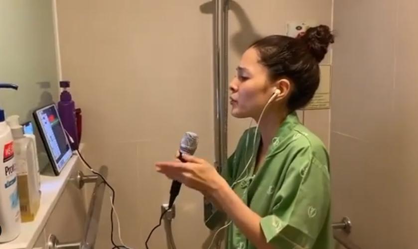 """""""ลิเดีย-แมทธิว"""" ปล่อยคลิป ห้องคาราโอเกะ ในห้องพักผู้ป่วยโควิด-19 ? (ชมคลิป)"""