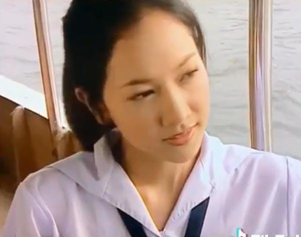 """ย้อนภาพวัยใส """"นุ่น วรนุช""""ใส่ชุดนักเรียน หลายปีผ่านไป กาลเวลาทำอะไรเธอไม่ได้ !"""