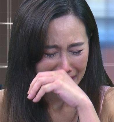"""จับผิดอาการ """"น้องวีจิ"""" ในระหว่างเล่นกับ """"แม่ติ๊ก"""" อาการเป็นยังไงคะลูก?"""