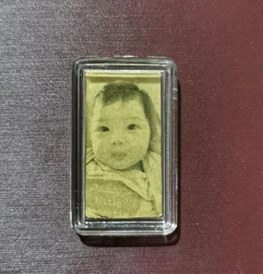 เปิดภาพล็อกเกตทองคำของ มอส ปฏิภาณ ที่รับขวัญหลาน ที่ ติ๊ก ขโมยทองลูกสาวขายจนเกลี้ยง
