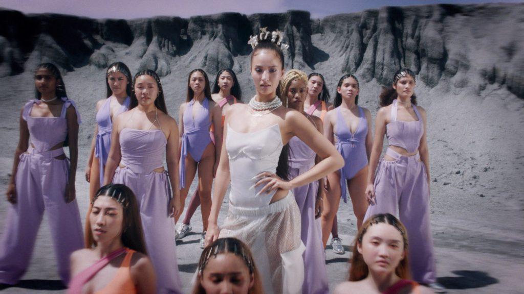 """""""มัจฉา"""" ป็อบแดนซ์สาวสุดแซ่บคนใหม่ของ GMM Grammy พร้อมปลุกกระแส T-POP เมืองไทย!"""