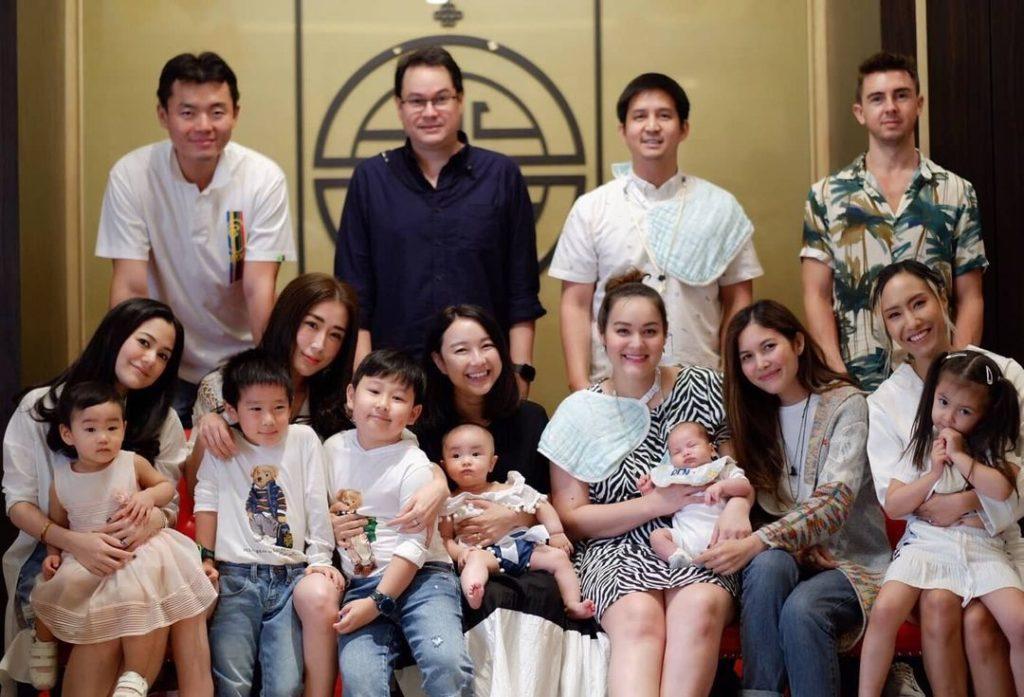 รียูเนี่ยน นักร้องสาวยุค 90s รวมตัวกันอีกรอบ คราวนี้มากันแบบครอบครัว