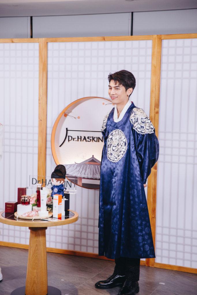 มิว ศุภศิษฏ์' ร่วมกิจกรรมไลฟ์สตรีมมิ่งสุดเอ็กคลูซีฟ  จัดเต็มความสนุกส่งตรงแฟนคลับในธีม Mew in Joseon
